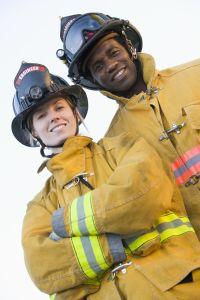 Feuerwehrleute bei der Arbeit