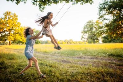 check24 Berufsunfähigkeitsversicherung schützt Familienglück